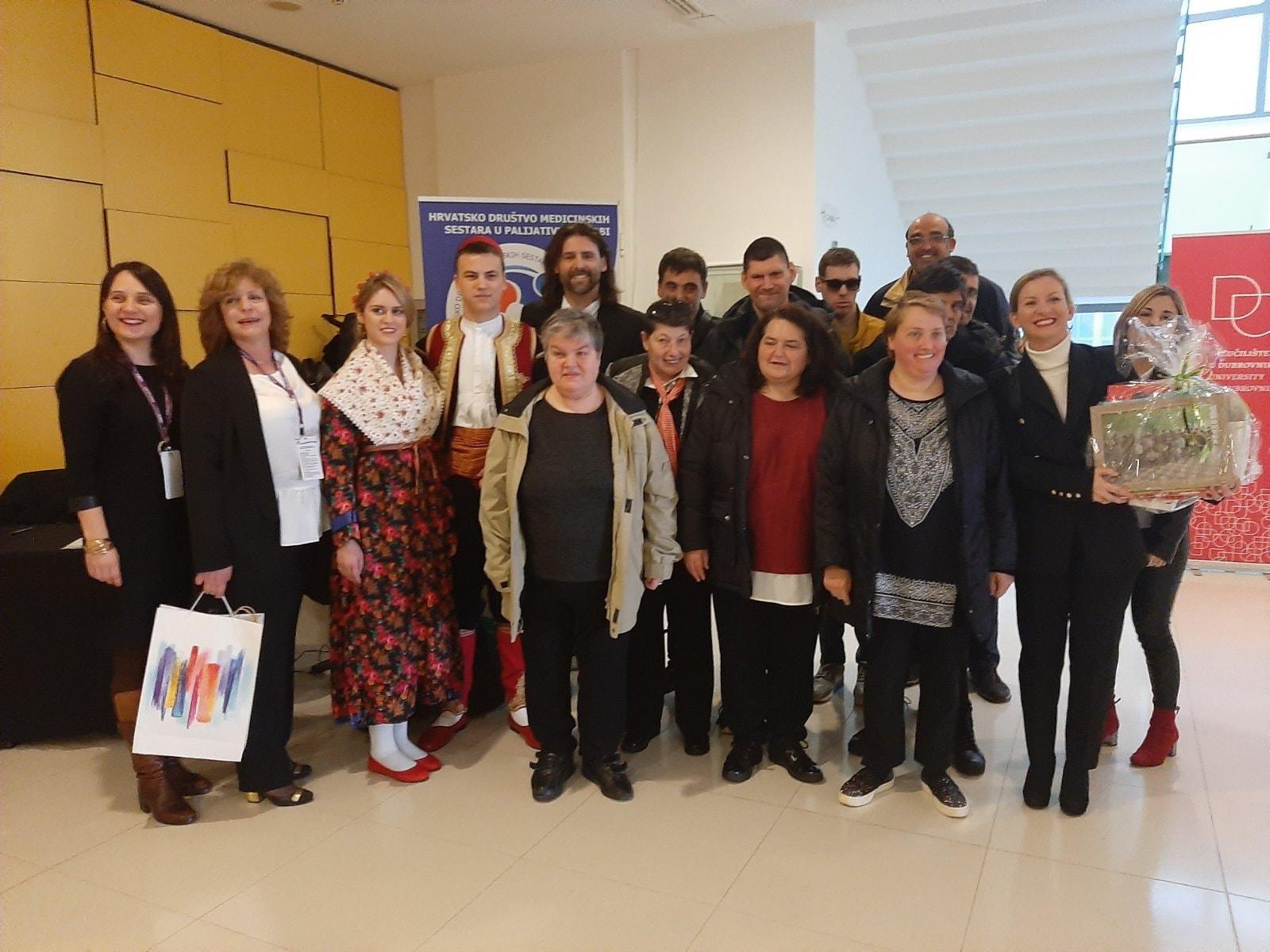 Zbor Josipovac zapjevao na otvaranju seminara o palijativnoj skrbi